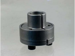 INTERNAL CLAMPING SET WITH COLLAR